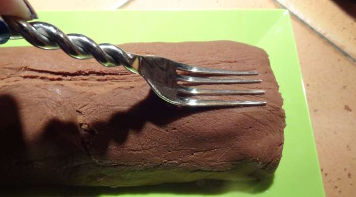 Bûche de Noël aux marrons sans gluten 10