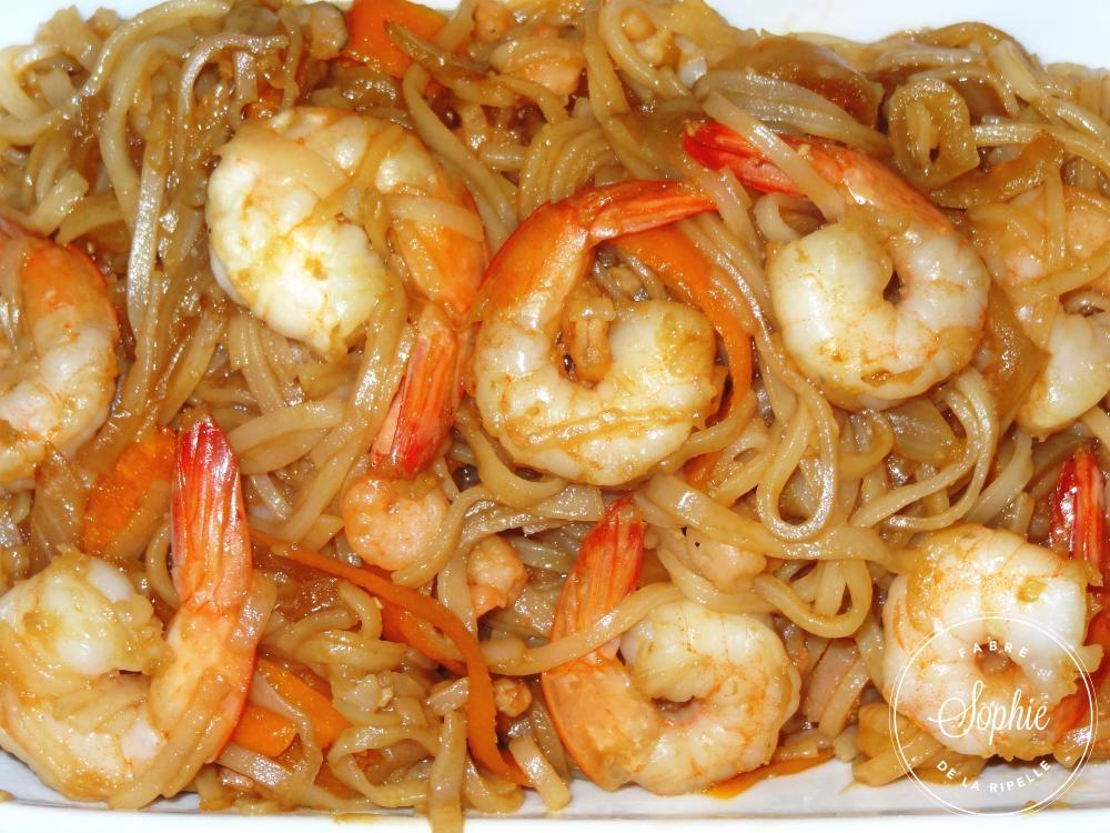 nouilles de riz saut es aux crevettes la tendresse en cuisine. Black Bedroom Furniture Sets. Home Design Ideas