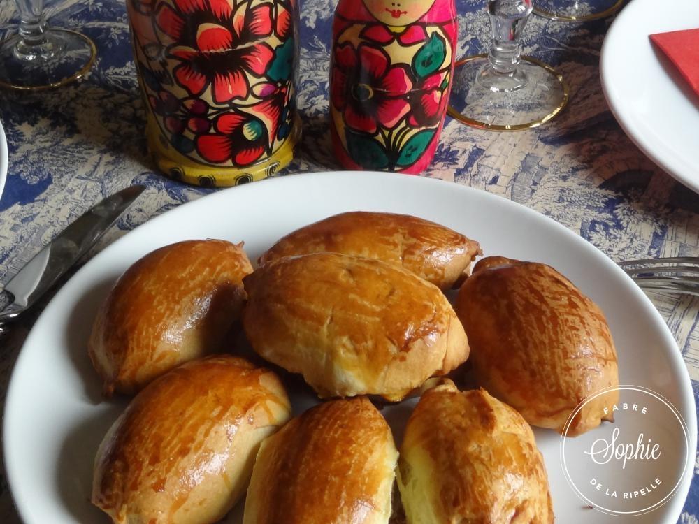 Pirojki aux champignons russie la tendresse en cuisine for Cuisine russe