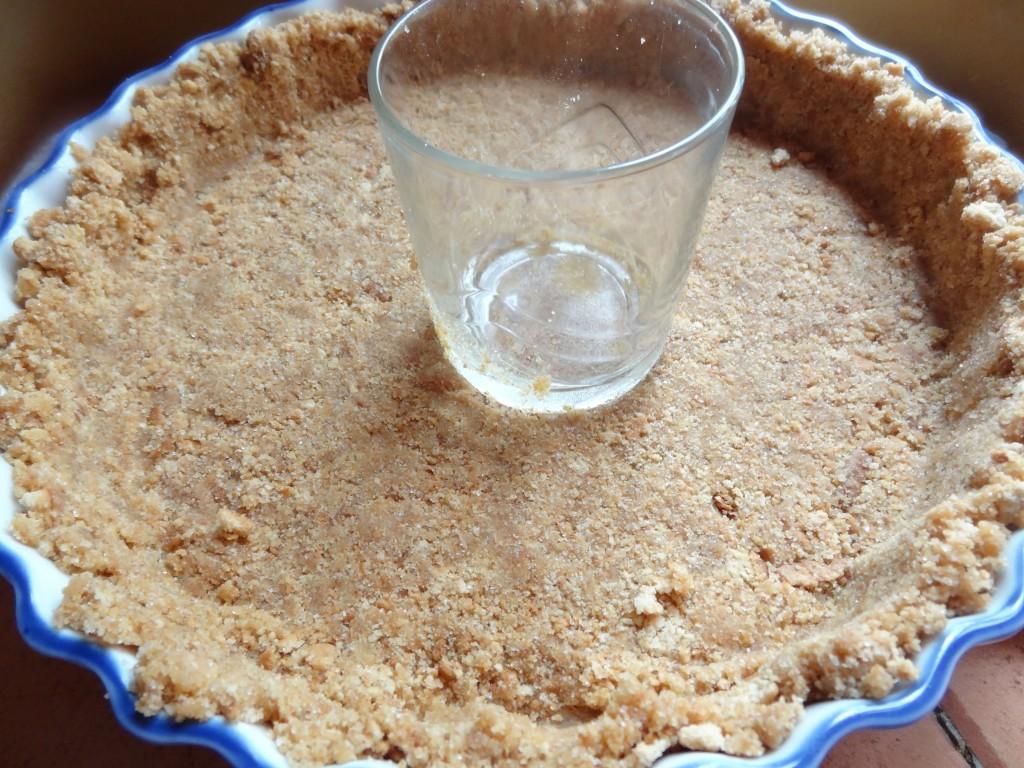 Tarte verte au nougat sans cuisson la tendresse en cuisine - Fond de tarte biscuit ...