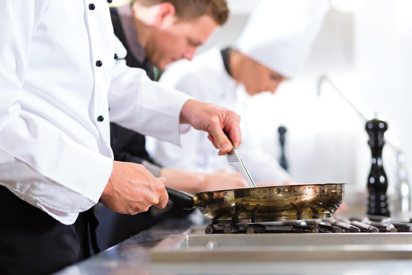 Les brigades de cuisine la tendresse en cuisine - Les amoureux de la cuisine ...