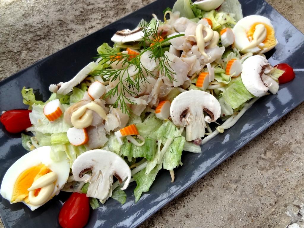 Salade de poisson et surimi sauce aneth et miel la for Salade poisson