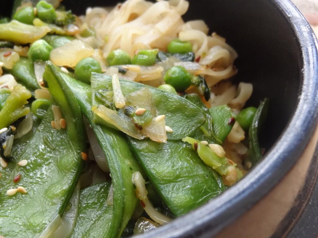 nouilles de riz chinoises vegan la tendresse en cuisine. Black Bedroom Furniture Sets. Home Design Ideas