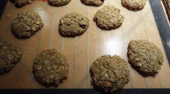 Biscuits à l'avoine et sésame en poudre 9