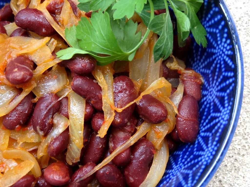 Recette des haricots rouges piment s aux oignons confits - Cuisiner haricot rouge ...
