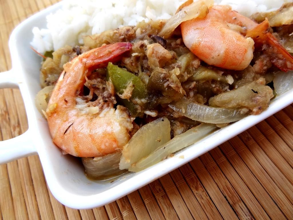 Recette gabonaise des aubergines au poisson et crevettes for Entree sans poisson