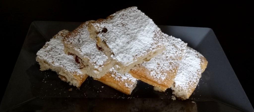 Gâteau aux raisins et noix