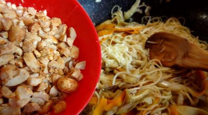 Wok de nouilles et légumes à l'asiatique 12