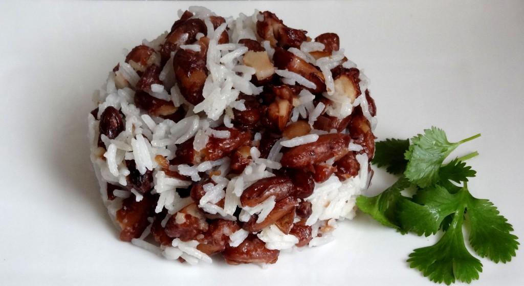 Riz aux haricots rouges frits