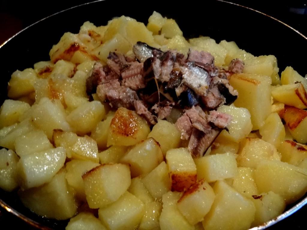 Pommes de terre aux sardines du suriname la tendresse en cuisine - Faire germer des pommes de terre ...