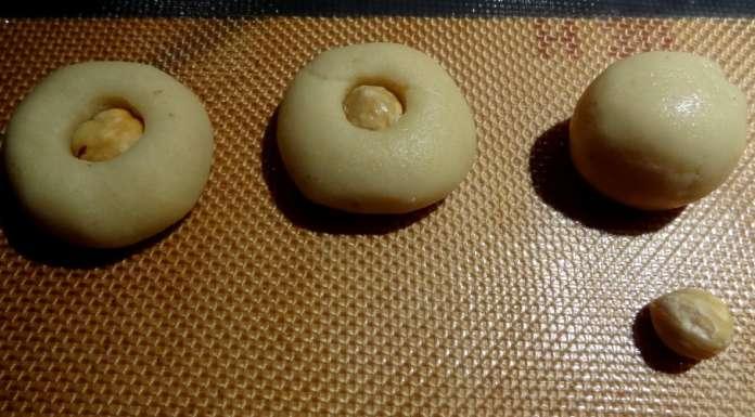 Biscuits de Noël vegan aux noisettes 4