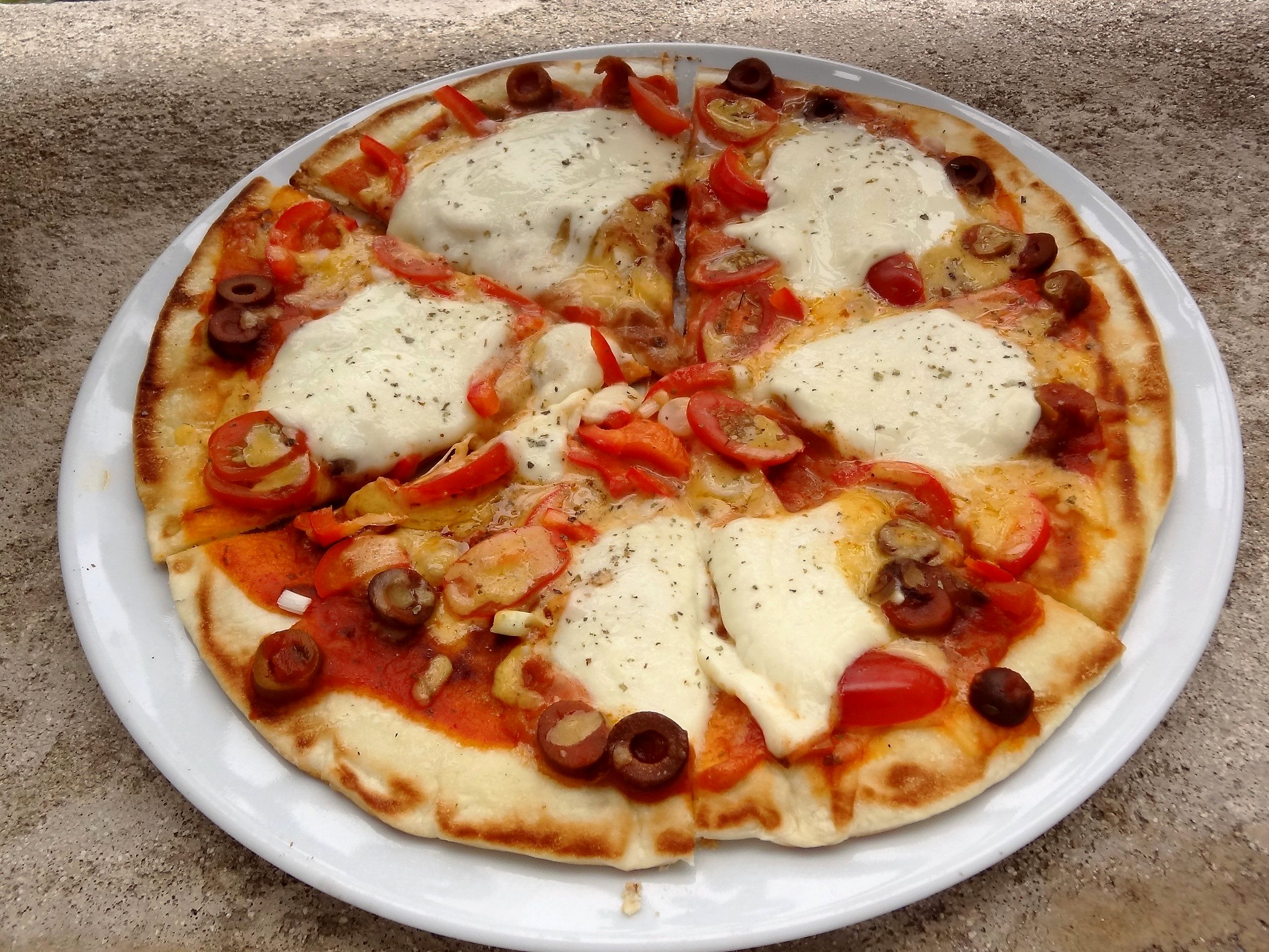 Pizza la po le tr s simple et rapide la tendresse en cuisine - Plats simples a cuisiner ...