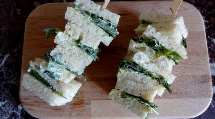 Brochettes de sandwichs au cresson