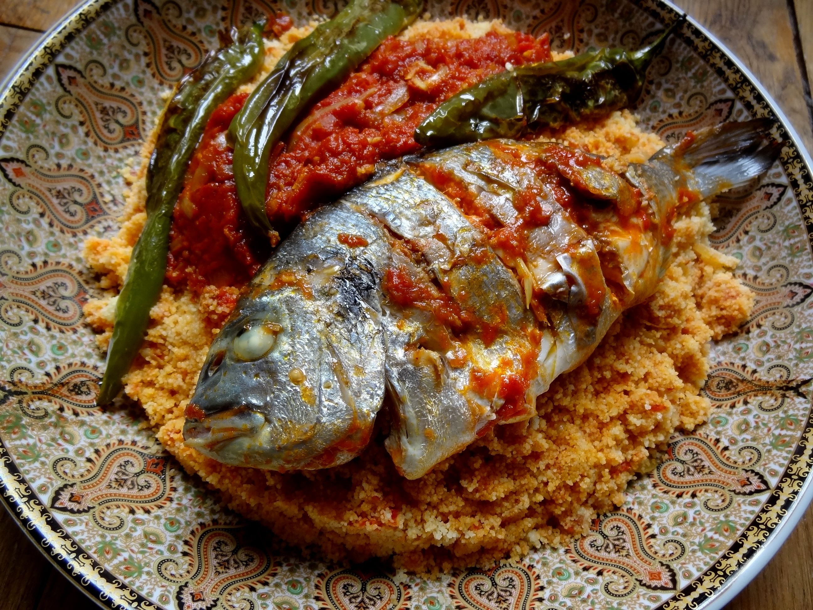 Couscous au poisson de sfax tunisie la tendresse en for Poisson cuisine