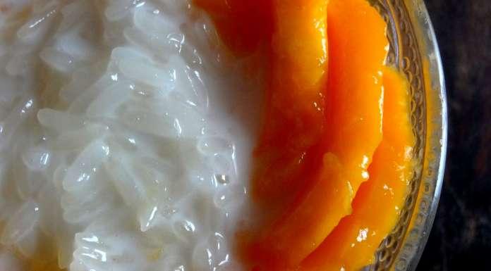 riz gluant à la mangue et lait de coco