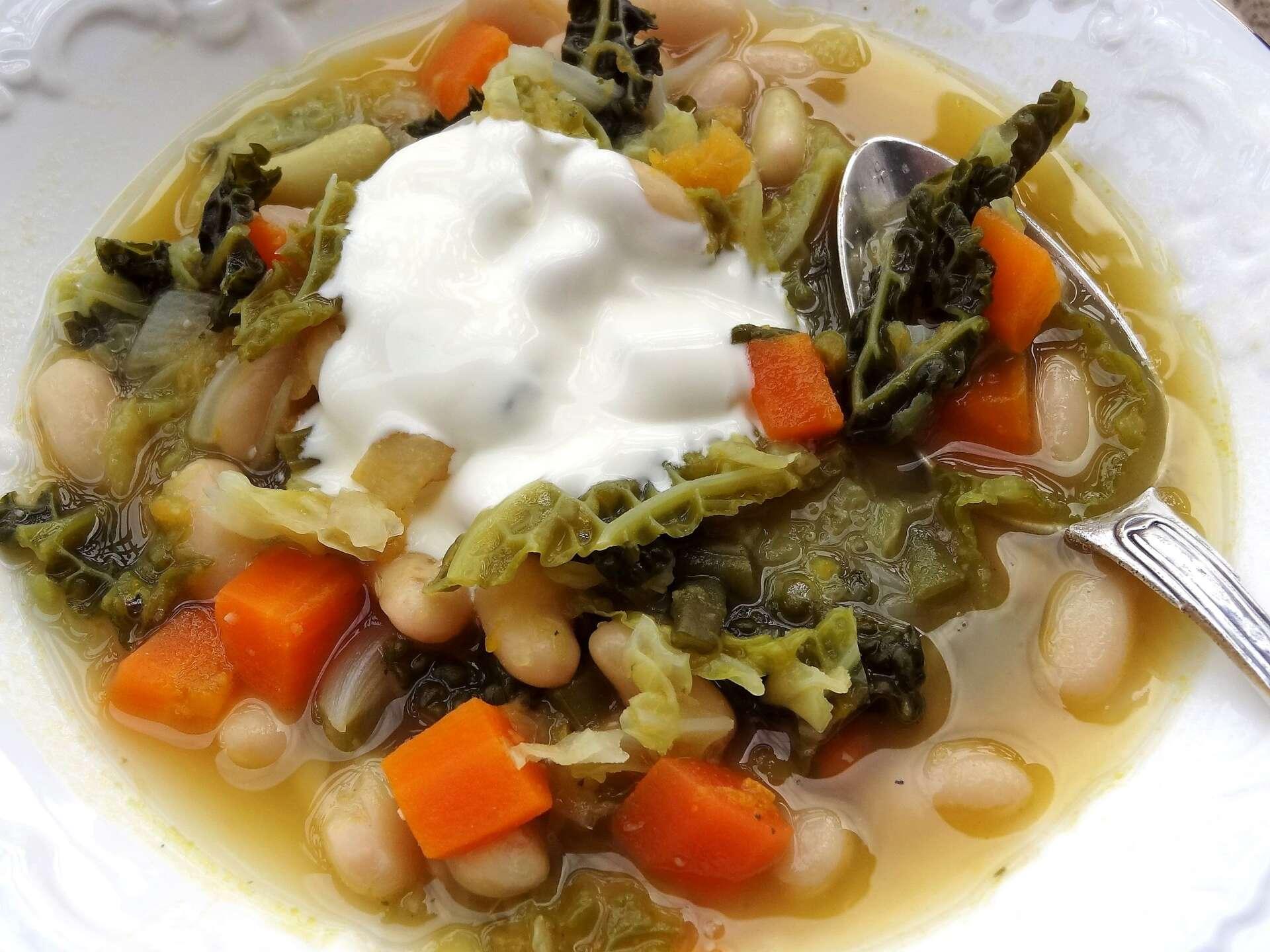 Soupe aux chou et haricots la tendresse en cuisine for Aux beaux rivages la cuisine