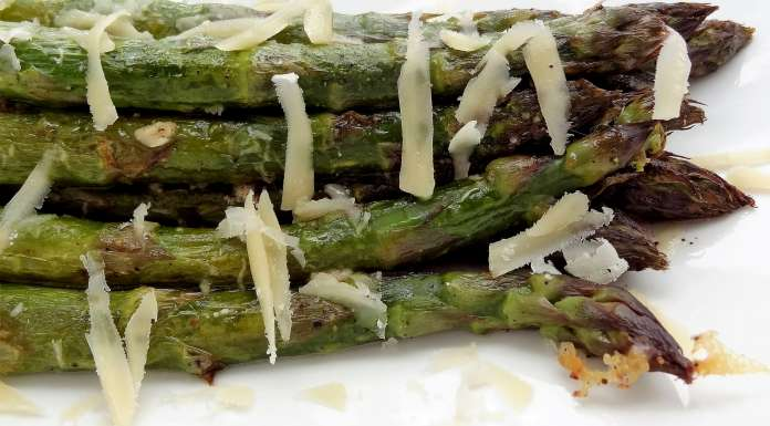 Asperges vertes au four jamie oliver la tendresse en cuisine - Cuisiner les asperges vertes ...